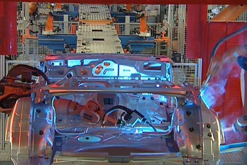 Insightful Videos Showcase Audi Q5 & A4 Production Process