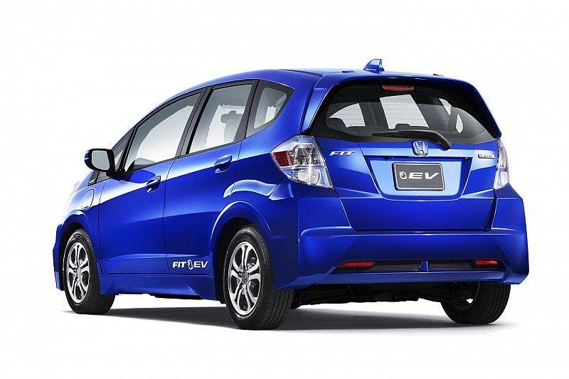 2013 Honda Fit EV makes L.A. debut [video]