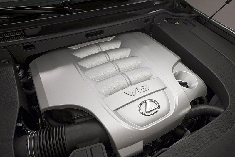 2013 Lexus LX 570 revealed [video]