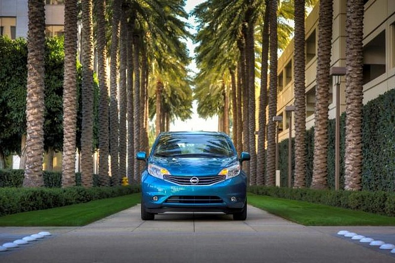 2014 Nissan Versa Note revealed in Detroit with 13,990 USD price tag [video]