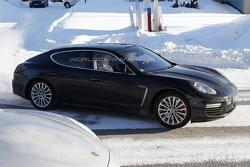 2014 Porsche Panamera facelift spy photo 08.03.2013 / Automedia