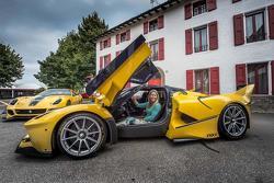 Google exec gifts Ferrari FXX K to wife for birthday